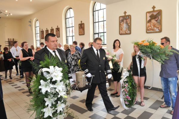 pogrzeby-kasperczyk-urny-3